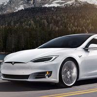 Una empresa logra crear un Tesla híbrido con tanques de hidrógeno: doble fuente energética para el doble de autonomía