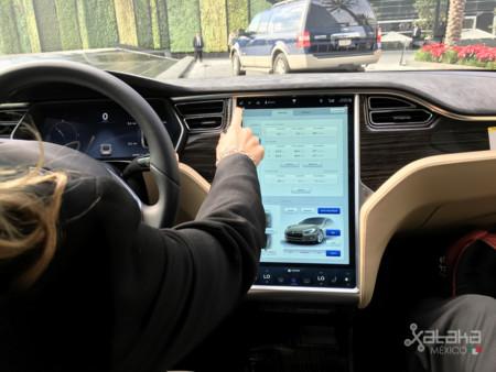 Tesla Model S Mexico 10