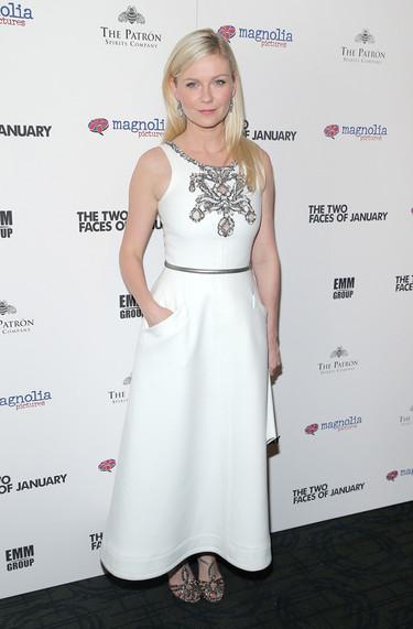 Las princesas también se visten de blanco en otoño como Kirsten Dunst de Chanel
