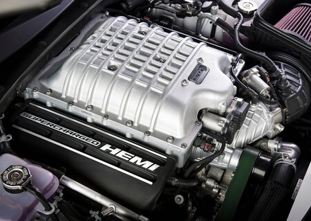 Dodge Charger Srt Hellcat Redeye 2021 1600 2e