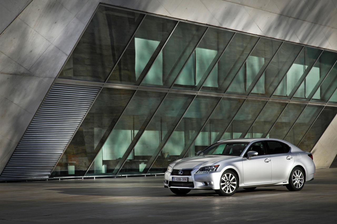 Foto de Lexus GS 450h (2012) (9/62)