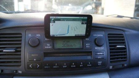 Reto nº8 para el Motorola Atrix - centro multimedia para el coche - GPS