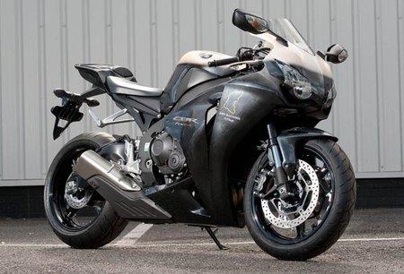 Honda CBR 1000RR McGuinnes replica