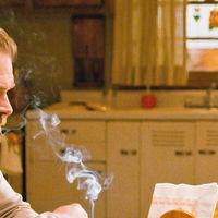 Netflix prohíbe el tabaco en sus nuevas series ante las críticas por su uso en 'Stranger Things'