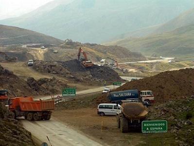 Manifestación en defensa de las montañas