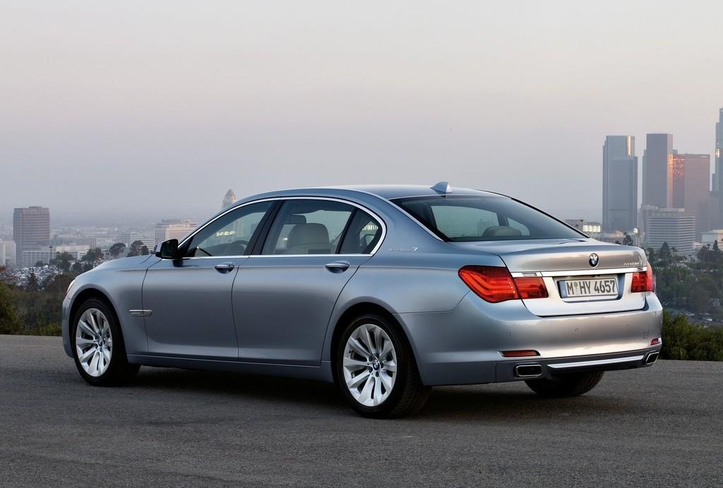 Foto de BMW ActiveHybrid 7 (14/30)