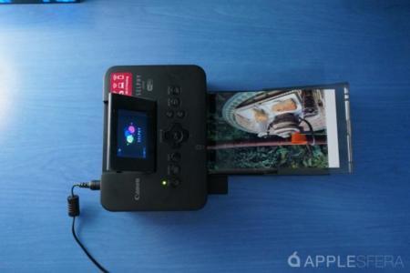 Vuelve al papel: impresora compacta Selphy CP910 para las fotos de tu iPhone