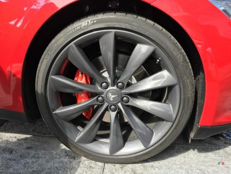 Tesla Model S Mexico 26