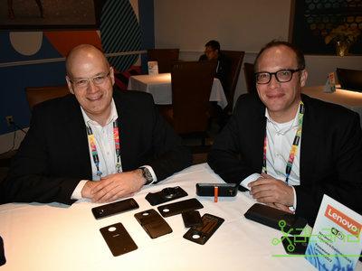 """""""Queremos crear la 'App Store del hardware'"""": entrevista con Oliver Ebel y Christoph Janeba de Lenovo Moto"""