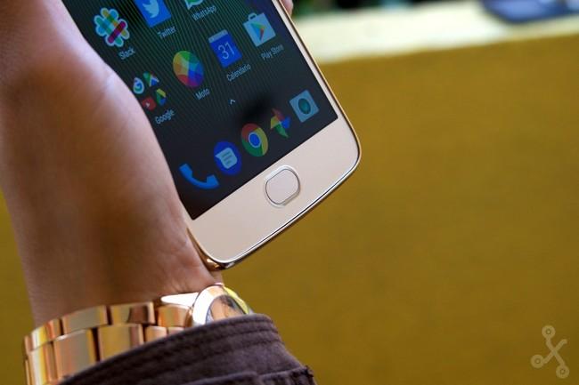 ¿Adiós a Android puro en los próximos Moto? Ejecutivo de Lenovo dice que quizás sí