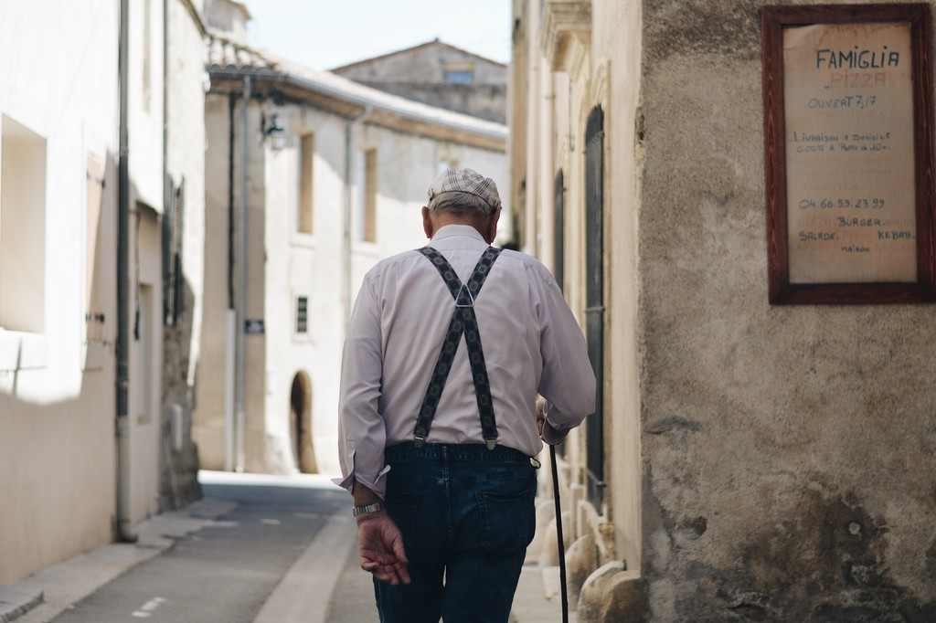 Las pensiones            </div>         </article>     </li>       <li id=