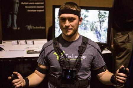 El espectacular exoesqueleto PrioVR consigue superar su campaña Kickstarter