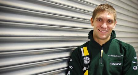 Los petrodólares de Vitaly Petrov reemplazan a Jarno Trulli en Caterham F1 Team