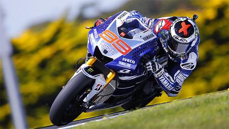 Motorpasión a dos ruedas: tragicomedia en MotoGP, prueba Dunlop SportSmart2 y retirada de Carlos Checa