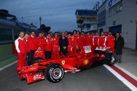 Los tres primeros clasificados del Campeonato Italiano de Fórmula 3 prueban el Ferrari F2008