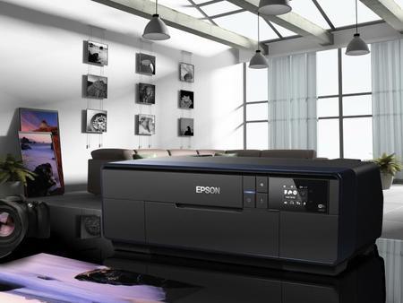 """Epson SC-P600, impresora fotográfica con """"la mayor densidad de negros del sector"""""""