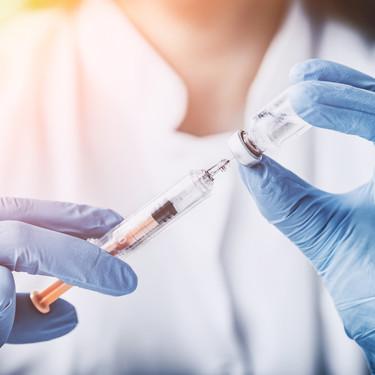 Después de 15 años, una madre antivacunas finalmente inmuniza a sus hijos, y explica qué la hizo cambiar de opinión