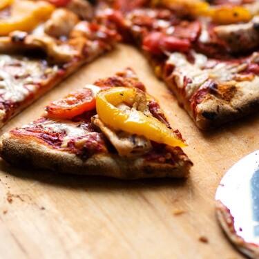 Según estudios estos 17 alimentos pueden ser tan adictivos como las drogas
