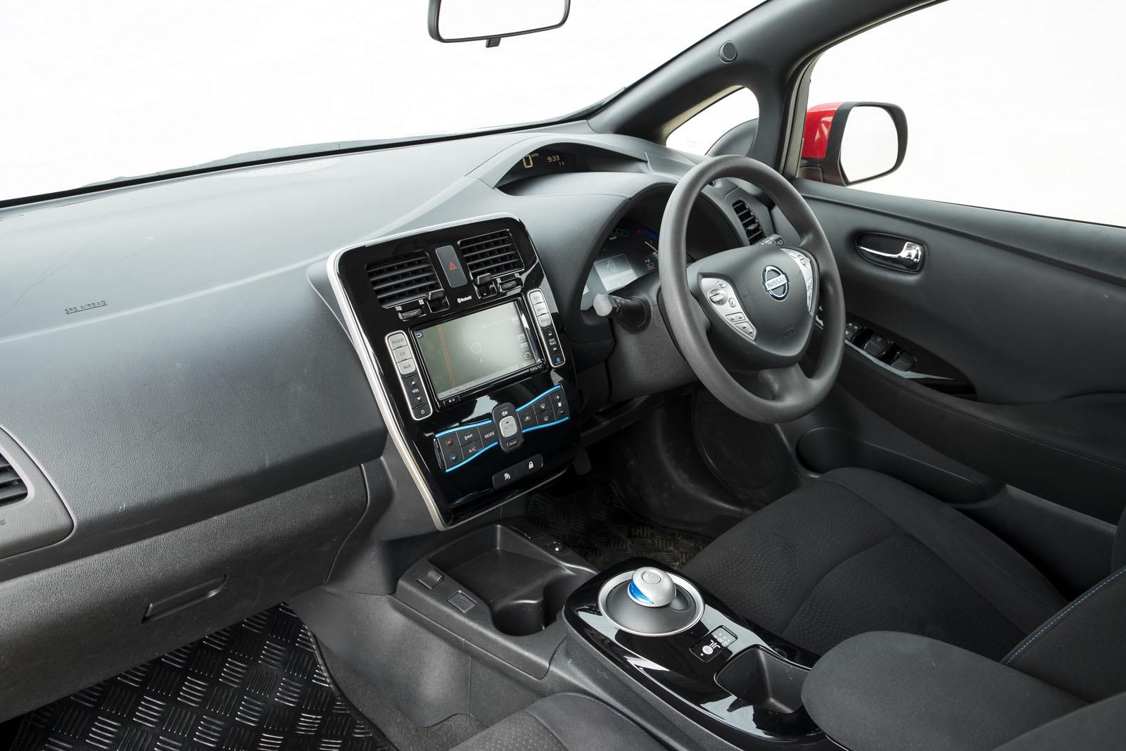 Foto de Nissan Leaf AT-EV (17/19)