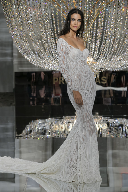 Pronovias Ny Fashion Show Royal