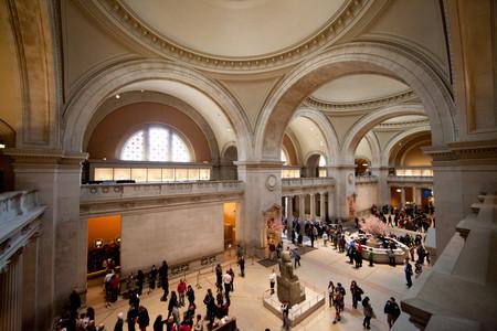 El MET de Nueva York permite ver (todos) y descargar (algunos) sus catálogos de fotografía