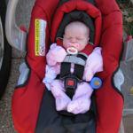 La asfixia postural o posicional: por qué los bebés no deberían dormir en las sillitas de coche