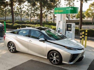 Toyota se ve obligada a suministrar hidrógeno a los nuevos propietarios del Toyota Mirai en California
