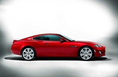 El renovado Jaguar XK, a la venta desde 104.000 euros