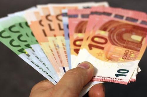 El SMI podría subir hasta los 1.400 euros en España si la propuesta de la UE sale adelante