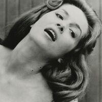 Ha muerto a los 88 años Barbara Shelley, leyenda del cine de terror británico y musa de la Hammer