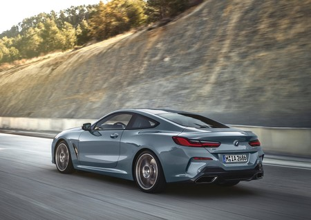 Bmw 8 Series Coupe 2019 1600 12