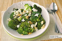 Ensalada templada de brócoli con aliño de semillas de amapola. Receta