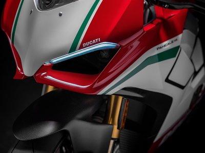 La Ducati Panigale V4 S Speciale con Akrapovic es lo mejor que vas a escuchar en lo que queda de año