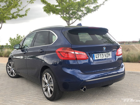 Bmw Serie 2 Active Touring trasera