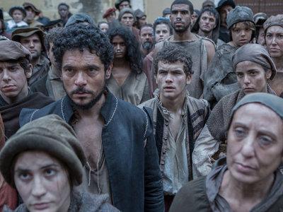 'La peste' es la ambiciosa (y cara) serie con la que Movistar quiere ser HBO