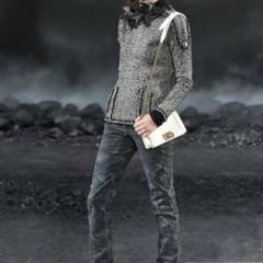 Foto 10 de 17 de la galería chanel-otono-invierno-20112012-en-la-semana-de-la-moda-de-paris-el-apocalipsis-de-karl-lagerfeld en Trendencias