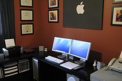 10 Escritorios con monitores múltiples que querías tener