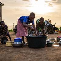 Dar dinero a la gente, sin condiciones, es la mejor forma de eliminar la pobreza