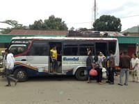Transporte público asiático. Indonesia: bemo