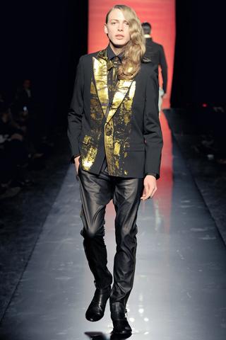 Foto de Jean Paul Gaultier Otoño-Invierno 2011/2012 en la Semana de la Moda de Paris (36/40)