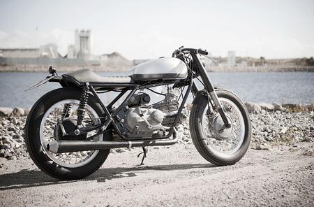 Moto Guzzi Falcone by Wrenchmonkees, atípica moto custom