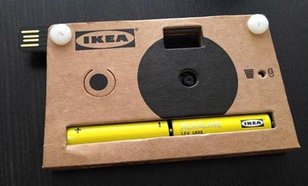Cámara de fotos Ikea, de cartón