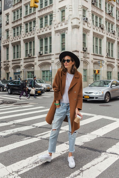 Louise Roe Wearing Gerard Darel Camel Coat Boyfriend Jeans And Superga Sneakers In Nyc 1 1412x2119