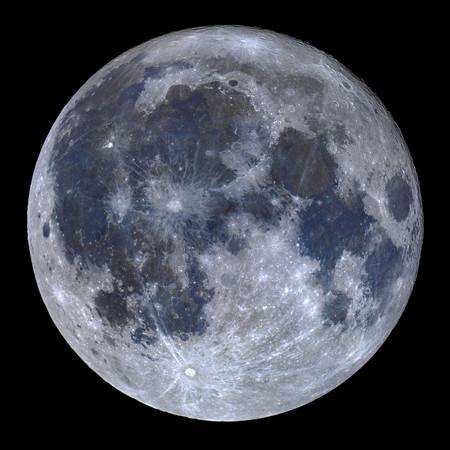 A Titanium Moon R Miguel Claro