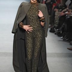 Foto 24 de 27 de la galería jean-paul-gaultier-otono-invierno-20112012-en-la-semana-de-la-moda-de-paris-el-lado-sexy-del-estilo-ladylike en Trendencias