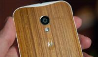 La carcasa de bambú para el Moto X hace una aparición fugaz
