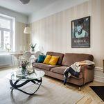 Puertas abiertas: Una casa de ensueño en Estocolmo ¡Y con dos chimeneas!