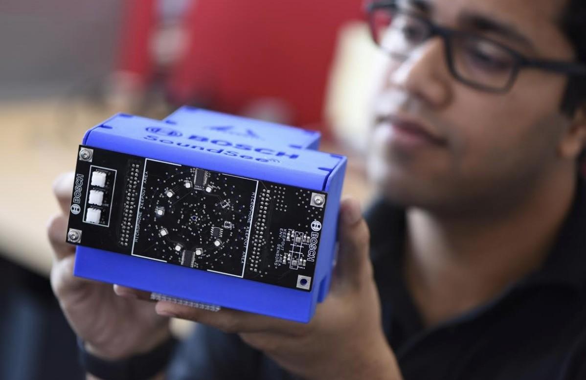 Este robot flotante detectará averías en la Estación Espacial Internacional a partir de los ruidos a su alrededor