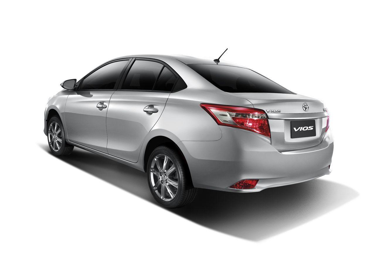 Toyota Yaris Sedan 2017 3 8