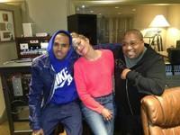 Dios los cría y Jennifer Lopez ficha a Chris Brown para su próximo disco